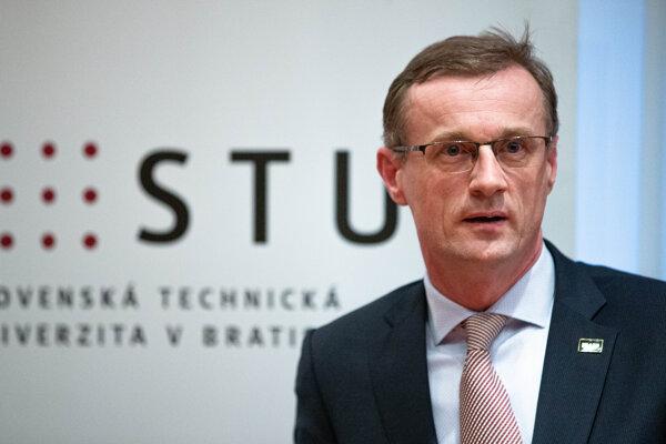 Rektor Slovenskej technickej univerzity (STU) v Bratislave Miroslav Fikar