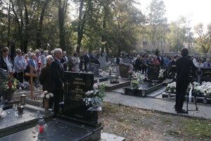 Cintorín počas Spomienkovej slávnosti pri Pamätníku padlým 1848.