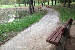Mestský park v Prievidzi.