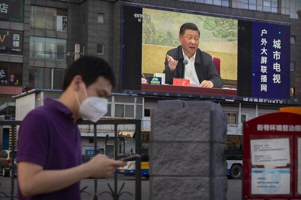 Čínsky prezident Si Ťin-pching v utorok podpísal kontroverzný zákon.