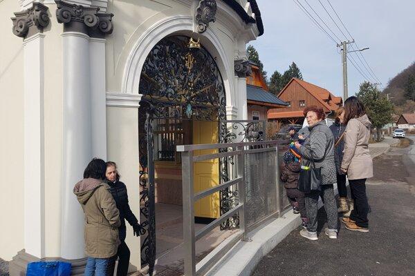 Prícestnú kaplnku nechajú otvorenú.