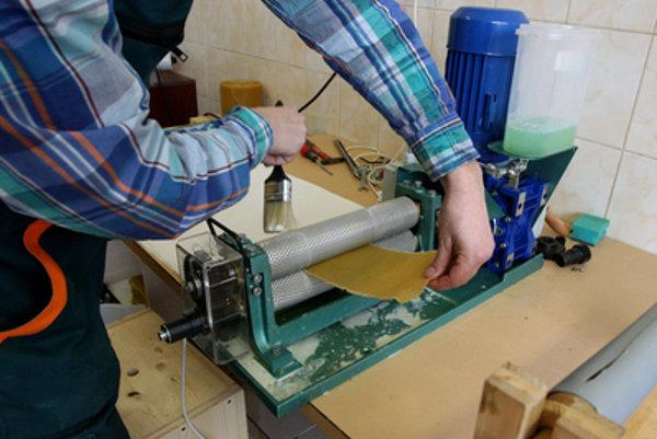Elokované pracoviská sú často zamerané na rozvoj vidieka, potravinársku výrobu, textil, či lesníctvo.