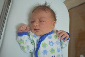 Filip Miklánek (3130 g, 49 cm) sa narodil 6. júla Monike a Filipovi z Nové Mesta nad Váhom.