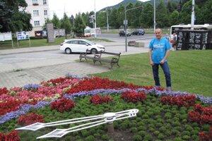 Kvetinové hodiny sú jediné na Slovensku, pre Mariana Sedláčka je to srdcovka od detstva