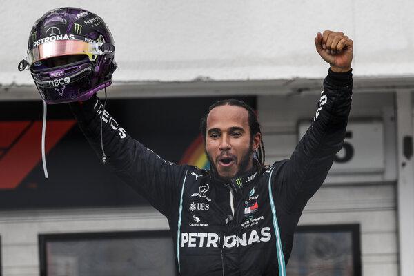 Lewis Hamilton vyhral Veľkú cenu Maďarska 2020.