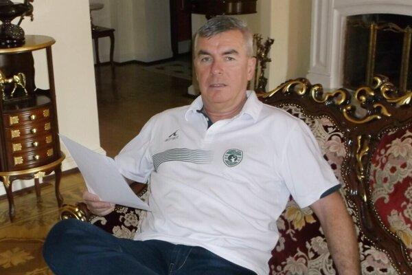 Miloslav Chmeliar Tatran preregistruje do svojho rodinného sídla.