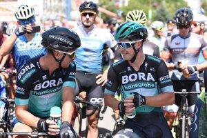 Juraj Sagan (vpravo) s bratom Petrom na spoločnom šampionáte ČR a SR v cyklistike.