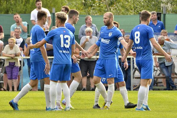 Hráči FK Beluša si zahrajú proti ŠK Slovan Bratislava