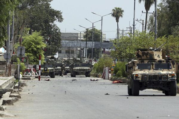 Traja ľudia zahynuli pri útoku na afgansku väznicu