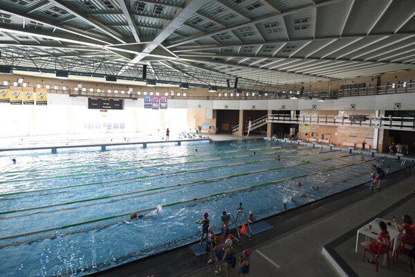 Plaváreň je opäť otvorená pre verejnosť.