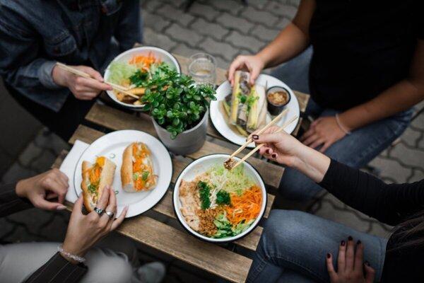 Vietnamské bistro v Martine sa rozbehlo aj vďaka miestnej komunite cudzincov.