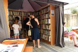Letný knižný jarmok pokračuje aj v auguste.