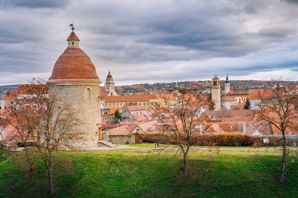 Rotunda sv. Juraja, stavebná pamiatka a symbol mesta, románska stavba z 11. storočia, Skalica