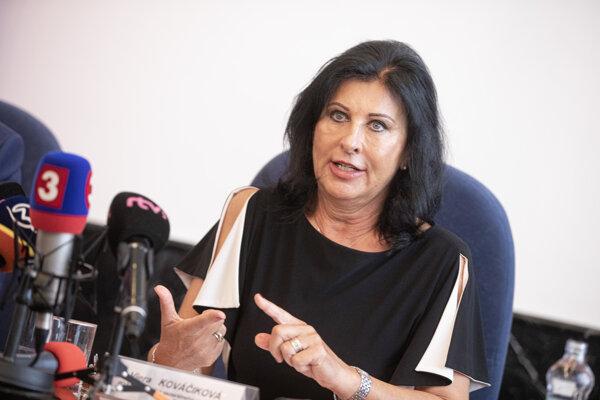Prvá námestníčka generálneho prokurátora Viera Kováčiková počas tlačovej besedy k aktuálnej situácii na generálnej prokuratúre. Bratislava, 12. august 2020.