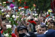 Ľudia v Minsku opäť vyšli do ulíc, tentoraz si pripomenuli aj jednu z obetí Alexandra Tarajkovského.