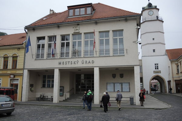 Mestský úrad Trenčín.