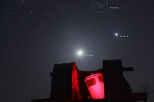 Z Kolonického sedla sa dala pozorovať aj konjukcia Venuše, Plejád a Býčieho oka.