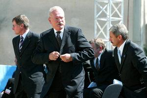 Ivan Gašparovič a Mikuláš Dzurinda (2004)