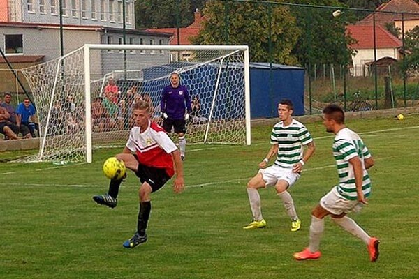 Tomáš Bednár robil problémy aj druholigovej obrane.