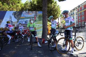 Peter Sagan a cyklisti Bora-Hansgrohe na Tour de France 2020.