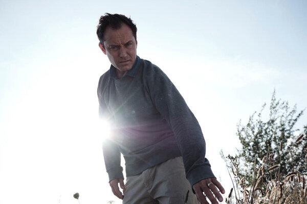 Jude Law v novej minisérii HBO Tretí deň.