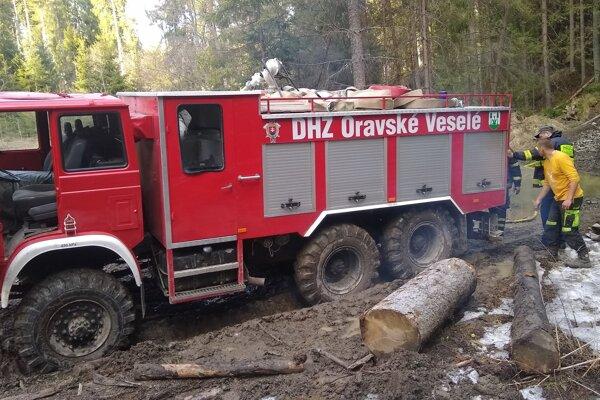 Terajšie auto dobrovoľných hasičov.