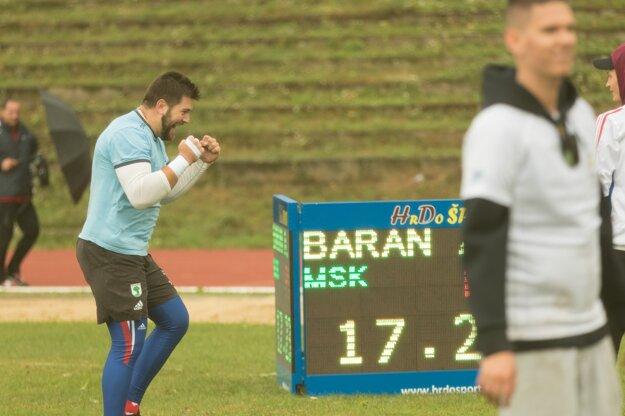 Veľká radosť v podaní Adriána Barana, ktorý podal slovenský výkon roka.