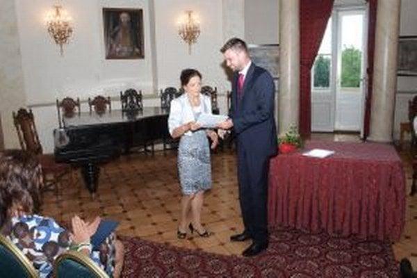 Martin Cimrák oceňuje svoju námestníčku Martu Rebovú.