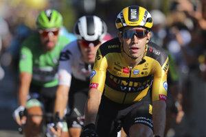 Peter Sagan sa díva na víťaza 5. etapy Wouta van Aerta.