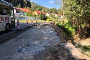 Oprava mosta v Smolníku.