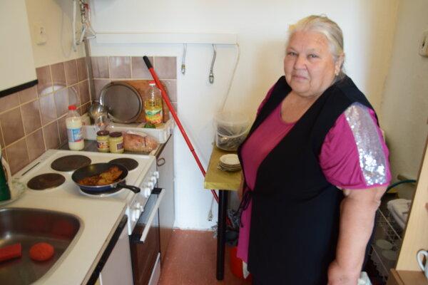 Ľubica Tomčanyiová je dušou tomčianskeho klubu seniorov, do ktorého rai chodia aj Martinčania.