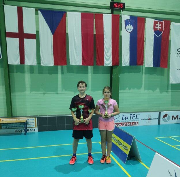 Súrodenci Andrej a Sarah Antónia Suchí.