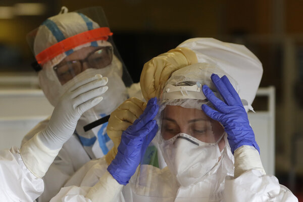 V Rooseveltovej nemocnici ordinovali minulý víkend najmenej dvaja infikovaní lekári. Ilustračná fotografia.
