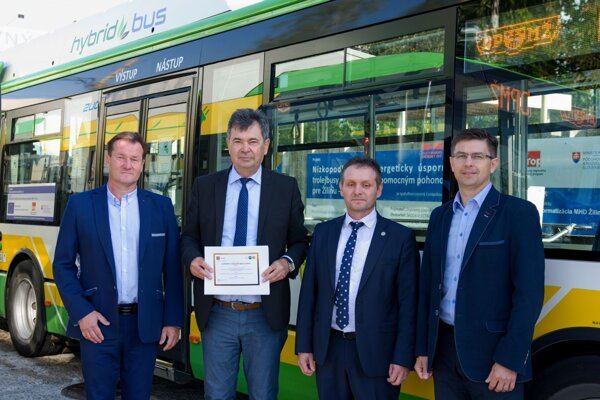 Výsledky dlhodobej spolupráce Žilinskej univerzity v Žiline s Dopravným podnikom mesta Žilina výrazne zlepšujú stav ovzdušia a kvalitu života občanov v meste.