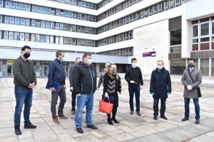 Návrh vlády počíta v Košiciach o dva roky s jednou úrovňou riadenia. Zrušia sa mestské časti s 22 starostami a ostane len magistrát?