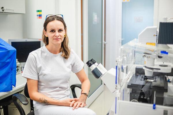 Slovenská neurovedkyňa Dominika Fričová získala ocenenie za výskum Parkinsonovej choroby.