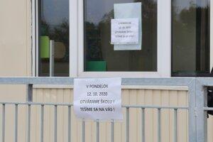 Otvorenie školy.