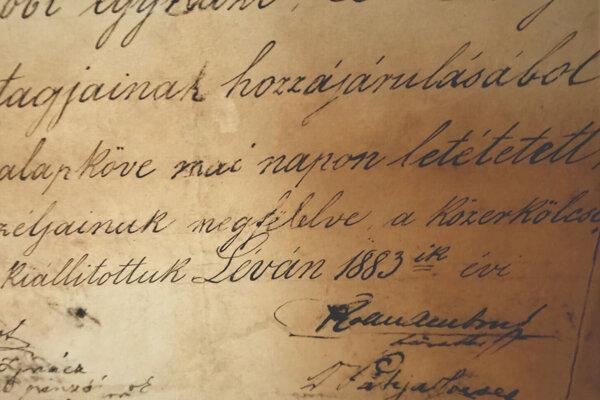 Listina odkazuje na rok 1883.