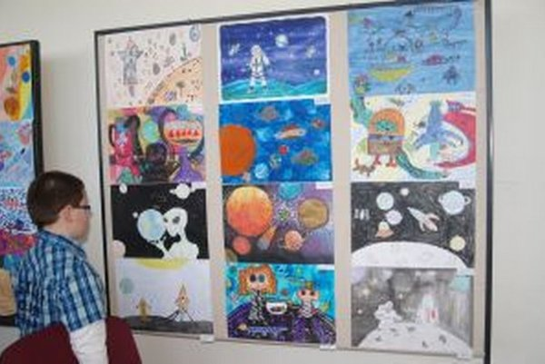 Výstavu Vesmír očami detí si môžete v KOS pozrieť do 27. marca.