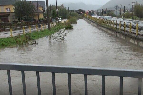 V Markušovciach vyhlásili tretí stupeň povodňovej aktivity.