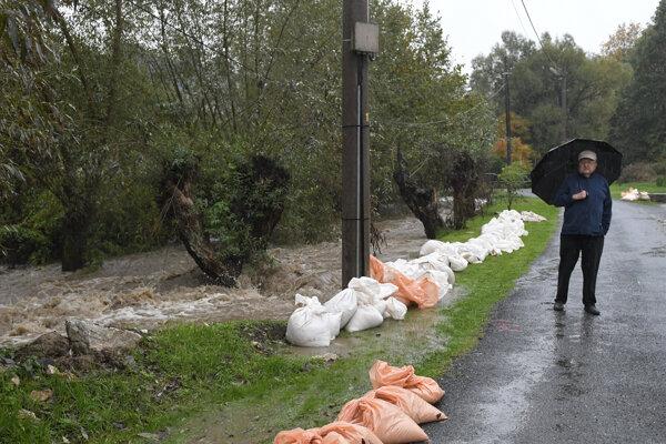 Podľa starostu nie je situácia v obci taká vážna ako počas letných prívalových dažďov.