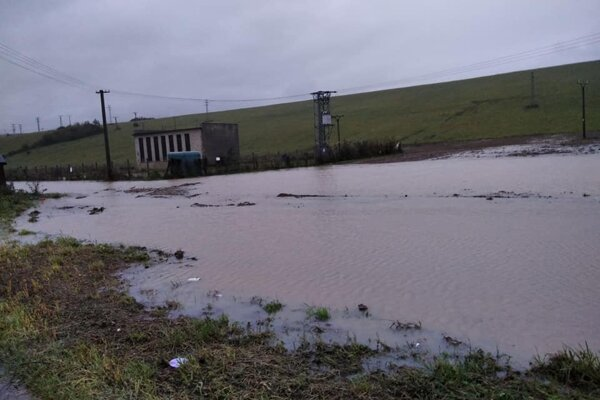 Vyliata voda v Lipanoch.