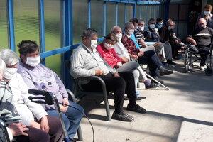 V Centre sociálnych služieb Horný Turiec už seniori mimo areálu domova nechodia.