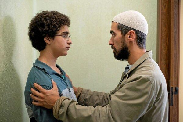Z filmu bratov Dardennovcov Mladý Ahmed.