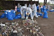 Mesto Snina sa zapojilo do ručného dotrieďovania odpadu. Od analýzy si sľubuje lepšie triedenie odpadu.