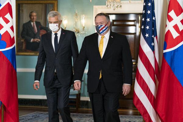 Minister zahraničných vecí a európskych záležitostí SR Ivan Korčok na návšteve v Spojených štátov amerických počas stretnutia s ministrom zahraničných vecí USA Mikeom Pompeom.