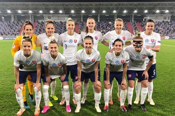 Slovenské futbalistky pred zápasom Maďarsko - Slovensko.