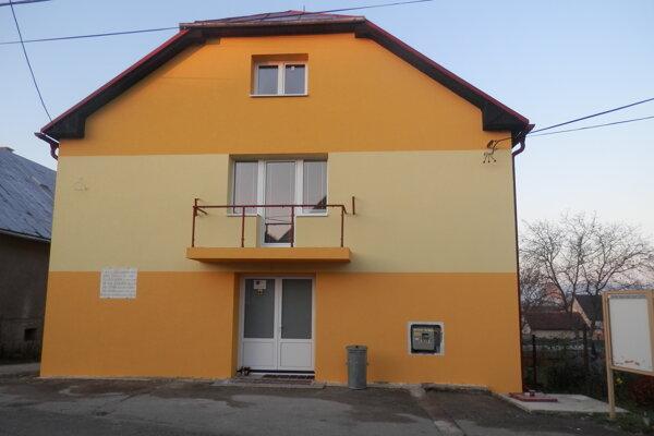 vo Veľkom Čepčíne zrekonštruovali aj obecný dom.
