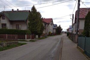 Hlavný ťah cez Suchú Horu na Poľsko je prázdny.