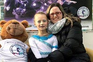 Strieborná Lina Ballová s trénerkou Luciou Starovičovou.